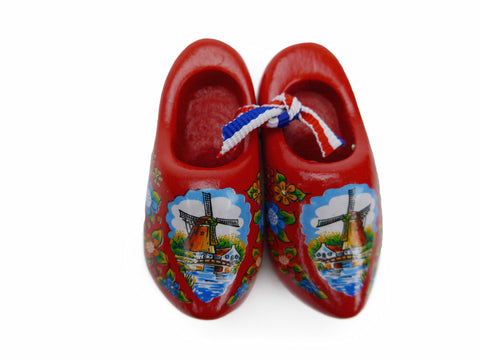Wooden Shoes Magnetic Gift Red - ScandinavianGiftOutlet  - 1