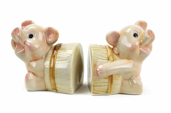 Unique Salt and Pepper Pigs In A Barrel - ScandinavianGiftOutlet  - 1