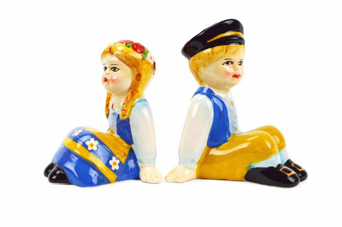 Vintage Salt and Pepper Shakers Swedish Sitting Couple - ScandinavianGiftOutlet