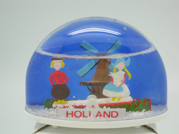 Dutch Wedding Favors Teeter Totter Water Globe - ScandinavianGiftOutlet