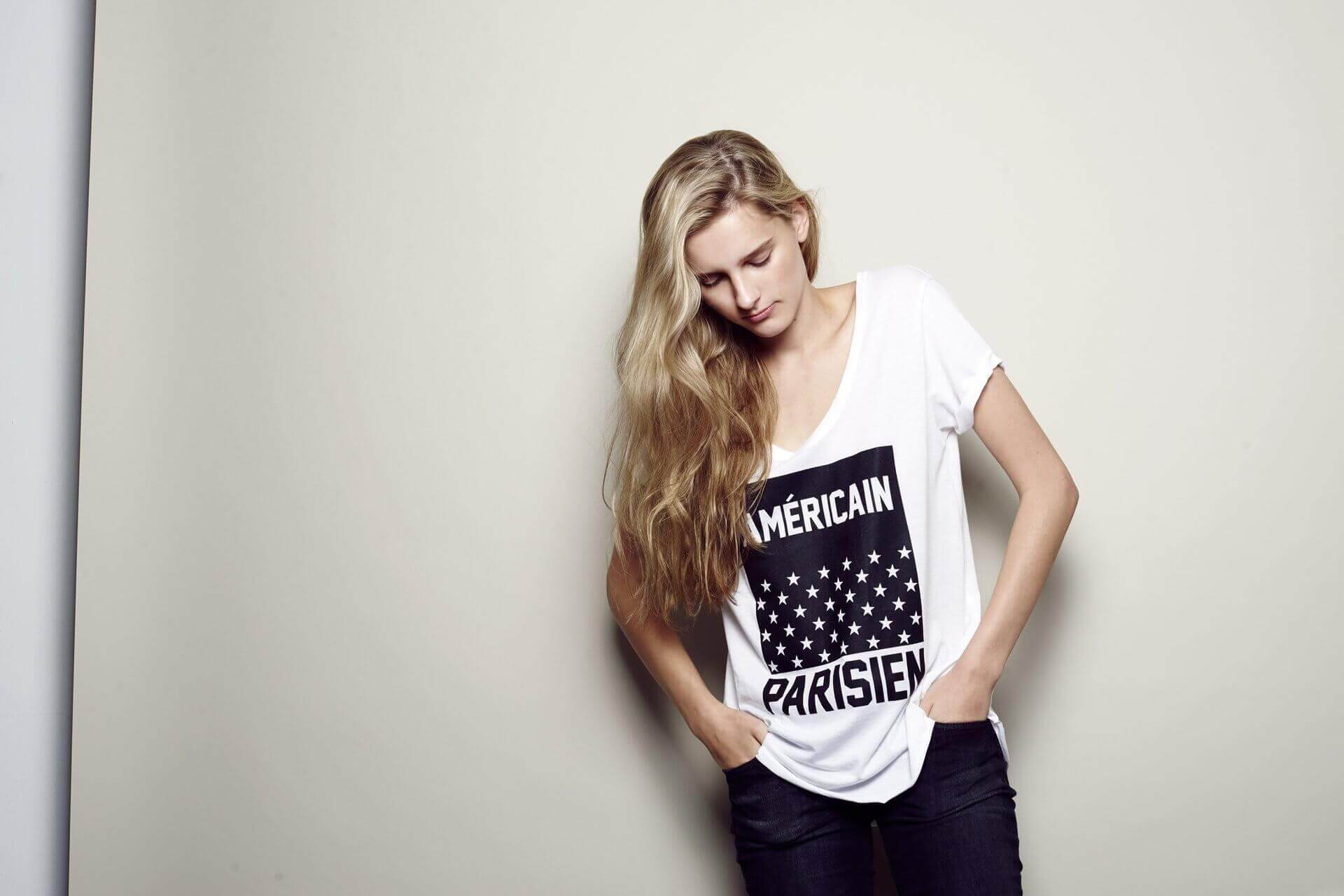 White tee with black & white 'Americain Parisien'