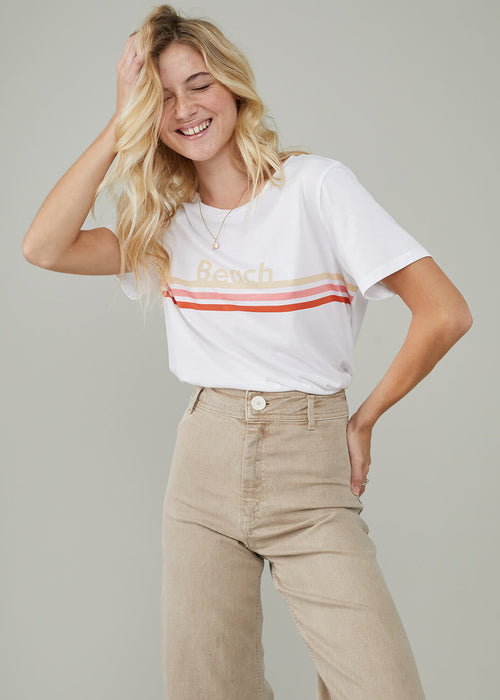 Lola - Loose Tee - Beach - White