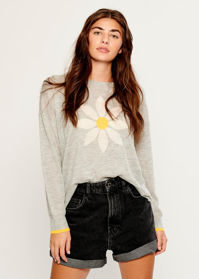 Susan - Sweater - Big Daisy - Gray