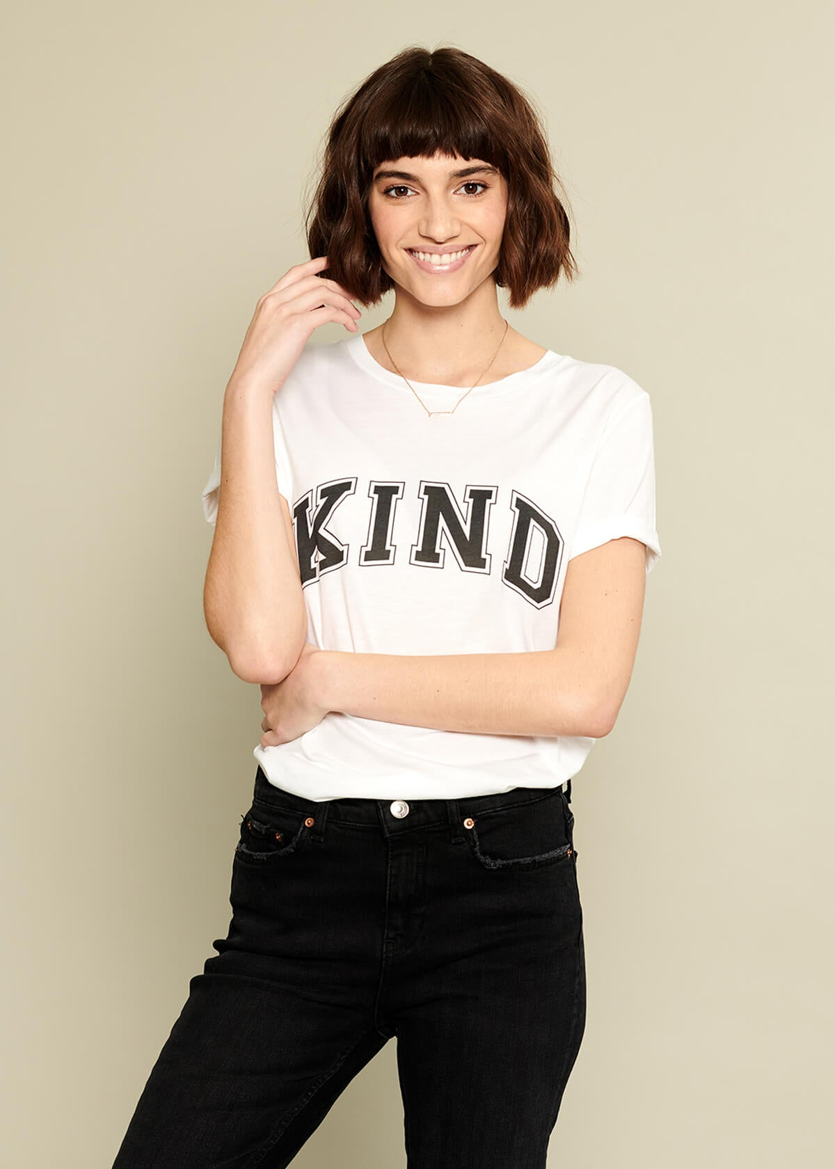 Lola - Loose Tee - Kind - White