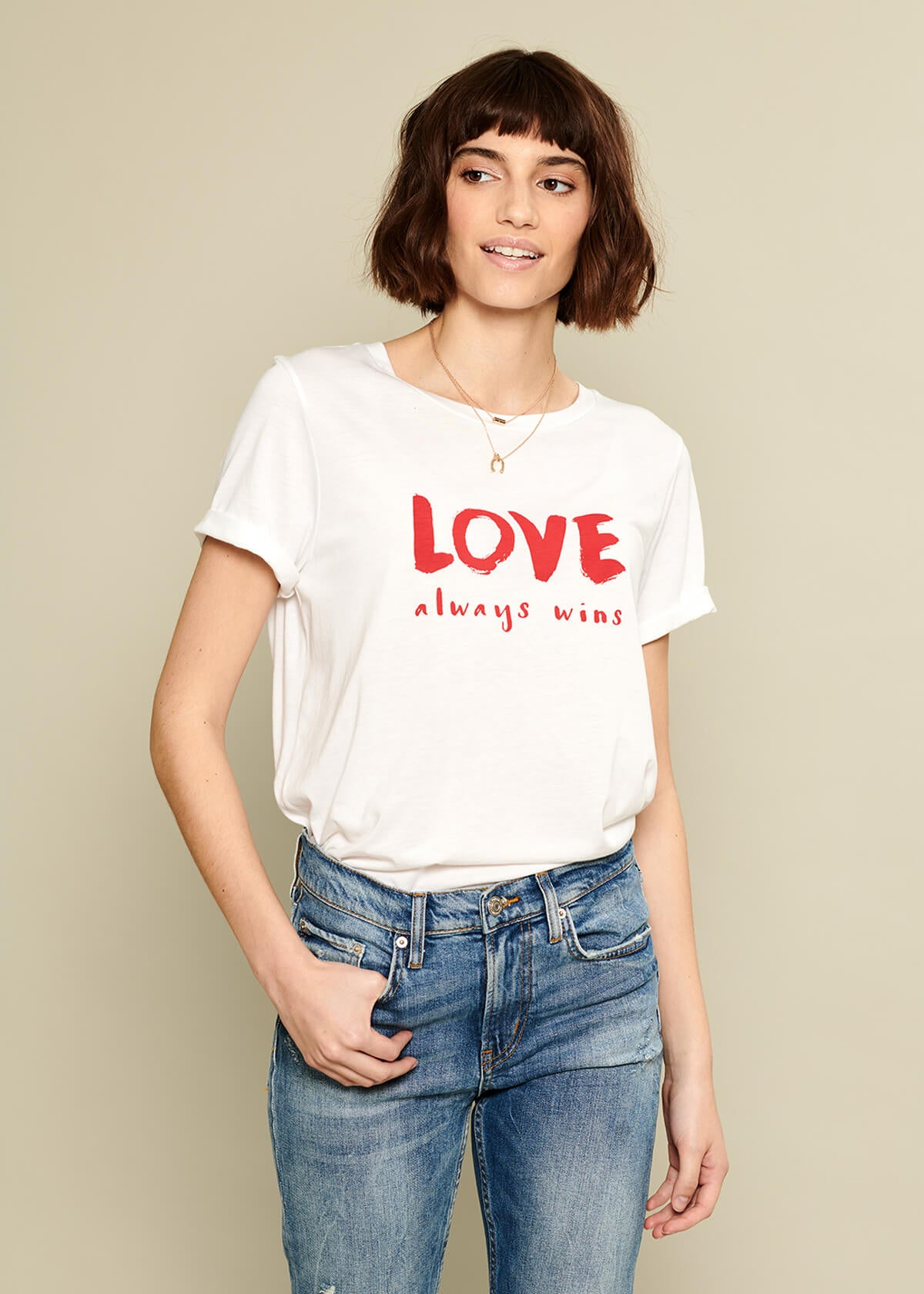 Lola - Loose Tee - Love Always Wins - White