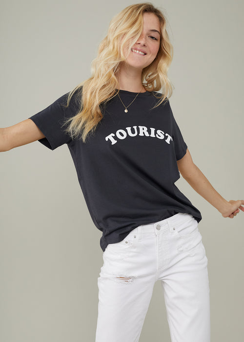 Lola - Loose Tee - Tourist - Black