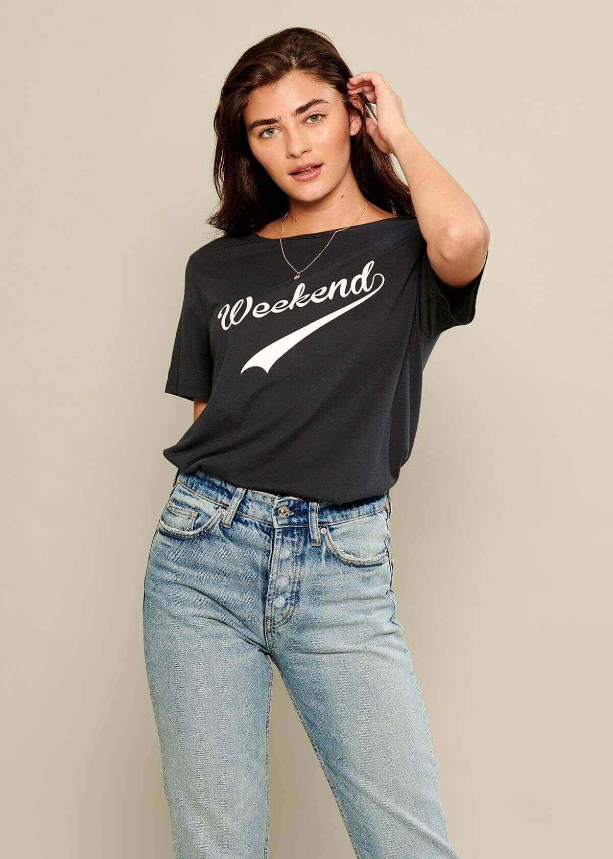 Lola - Loose Tee - Weekend - Black
