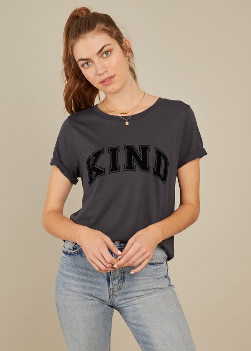 Lola - Loose Tee - Kind - Black