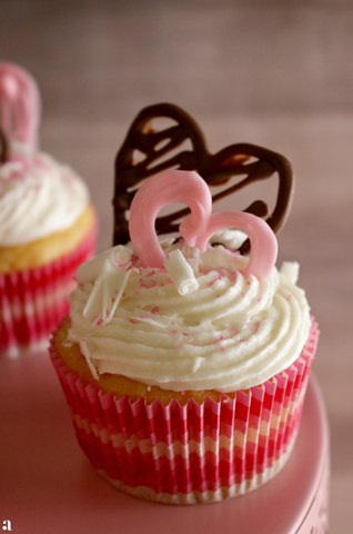 Be My Valentine White Chocolate Cupcakes