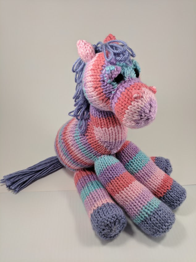 Little Horse Knitting Pattern\