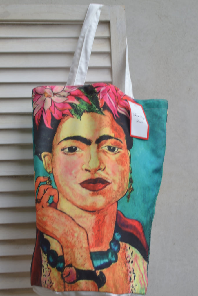 Frida Kahlo Smoking & Flowers Bucket Bag