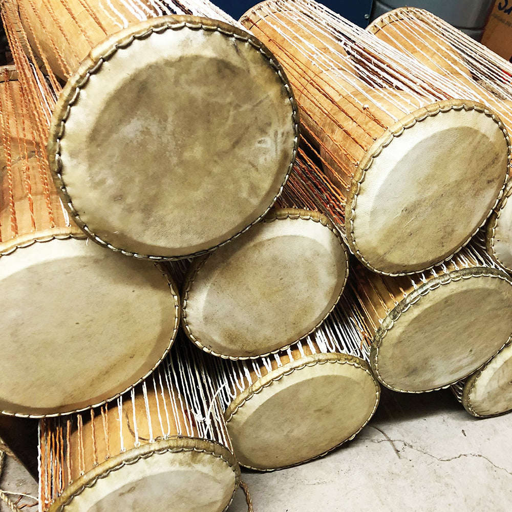 Talking drum (Tama or Luan)