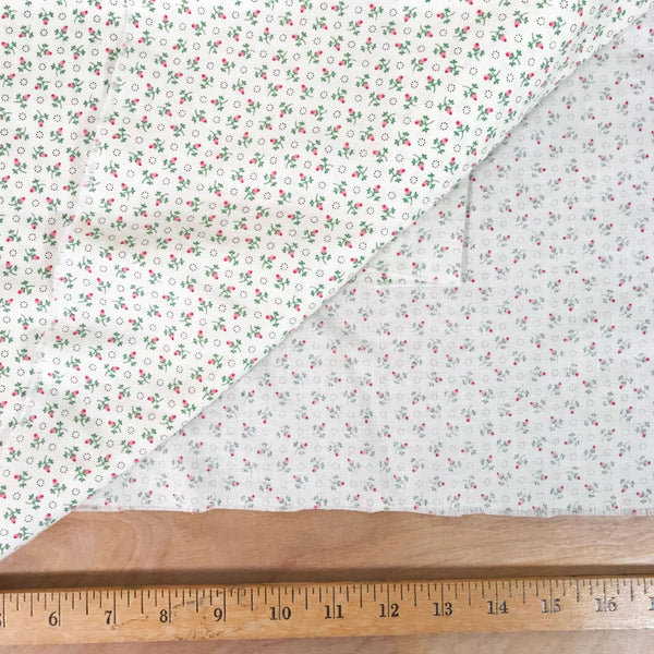 Rosebud Small Print Cotton Vintage Fabric  [3 Yds]