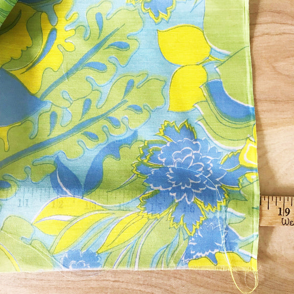 Retro Floral Semi-Sheer Vintage Fabric [3.75+Yds]