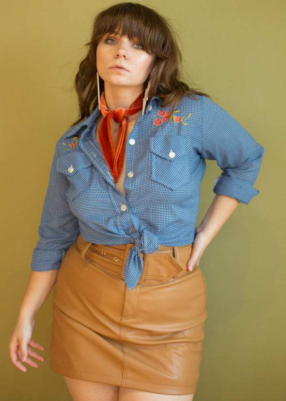 Vintage Embroidered Western Style Button Up