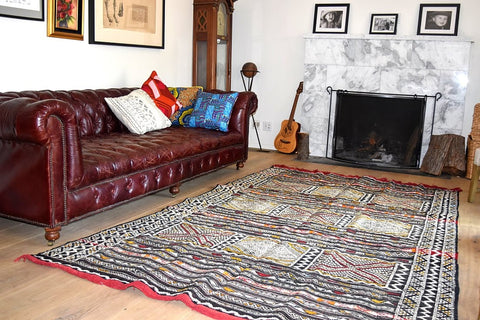 Red accents Moroccan rug