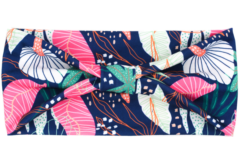 Wide Bow - Abstract Tropical Leaves on Navy
