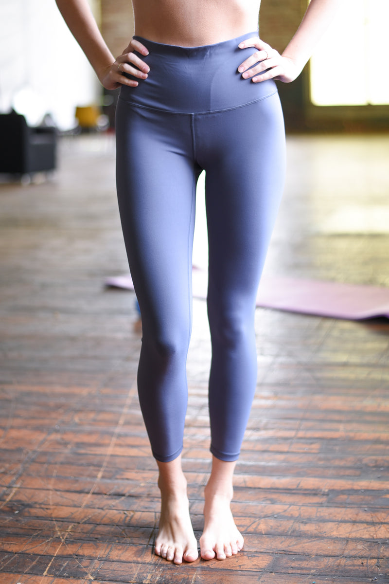 Super High Rise Limitless Weightless Leggings - 7/8 Ankle - Lilac Grey