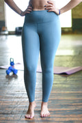 Limitless High Rise Weightless Leggings - 7/8 Ankle - Ocean