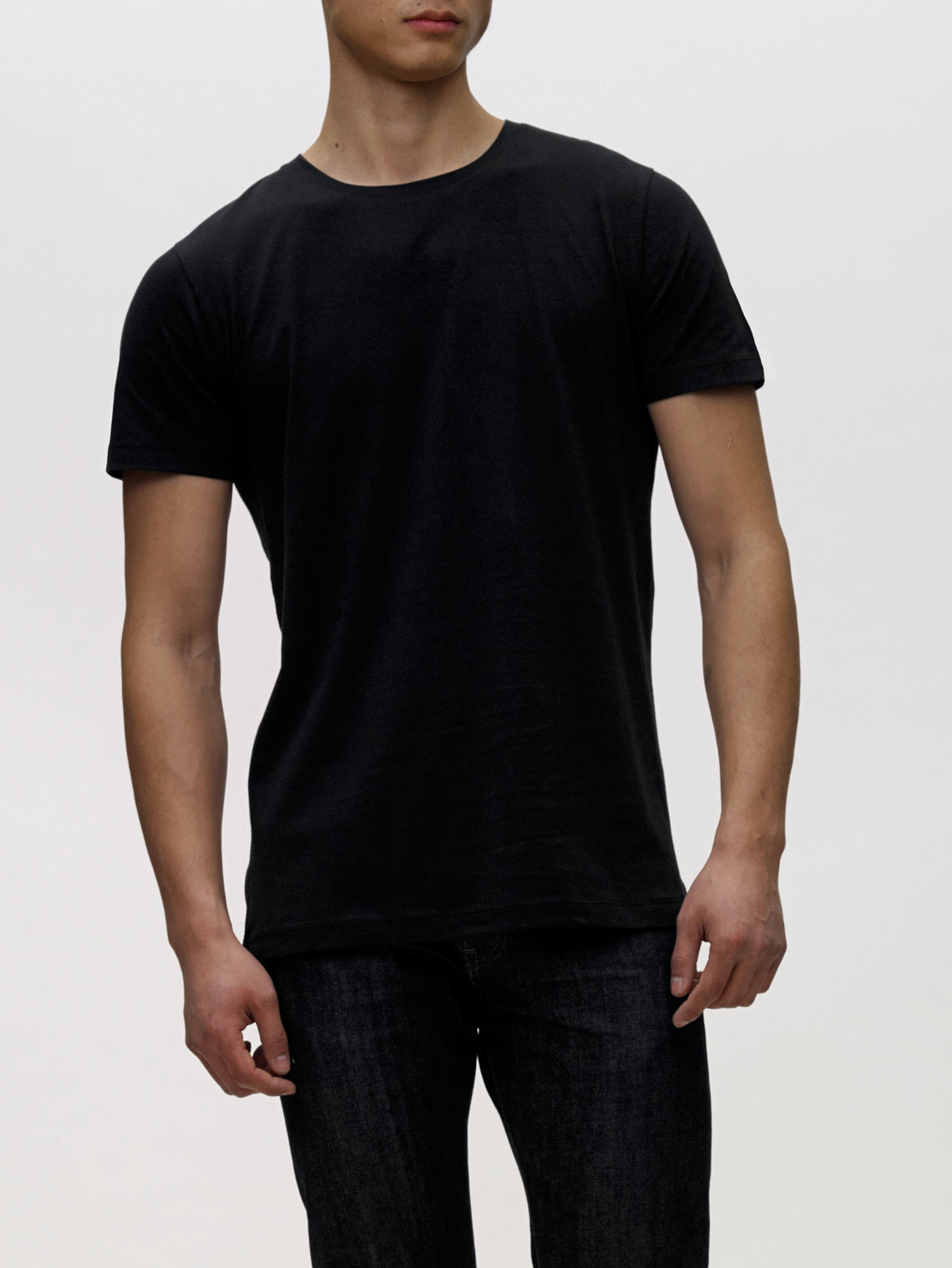 Product Shot of the The Crew in Black