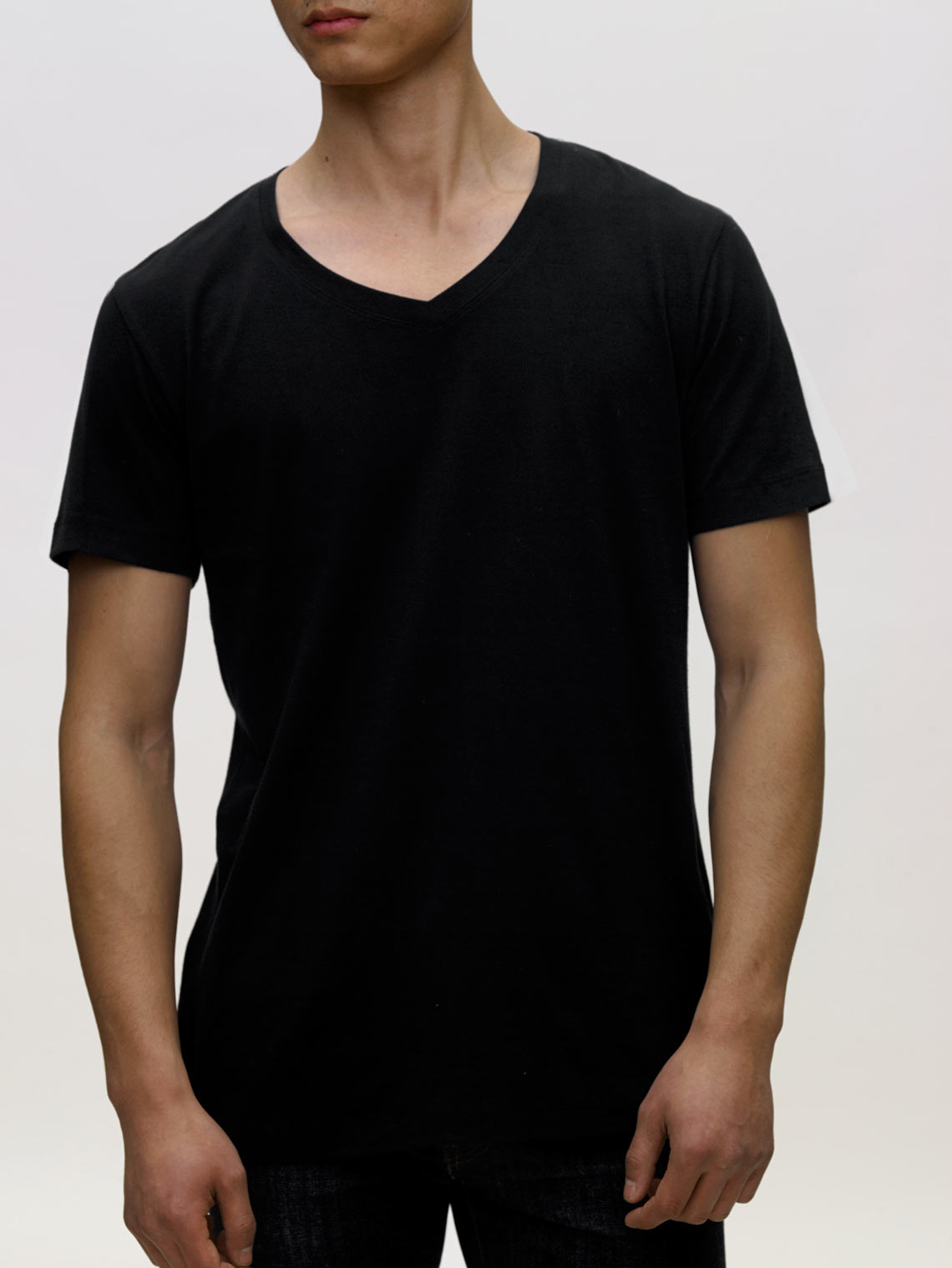 Product Shot of the The V-Neck in Black