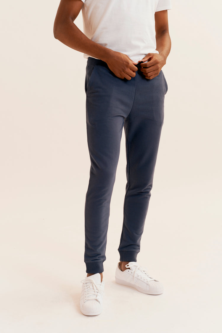 Essential Sweatpant Navy
