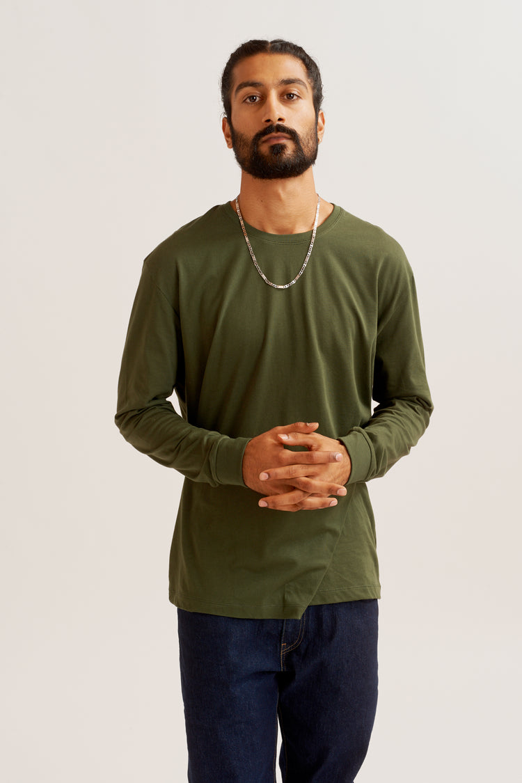 Men's Essential Longsleeve army green