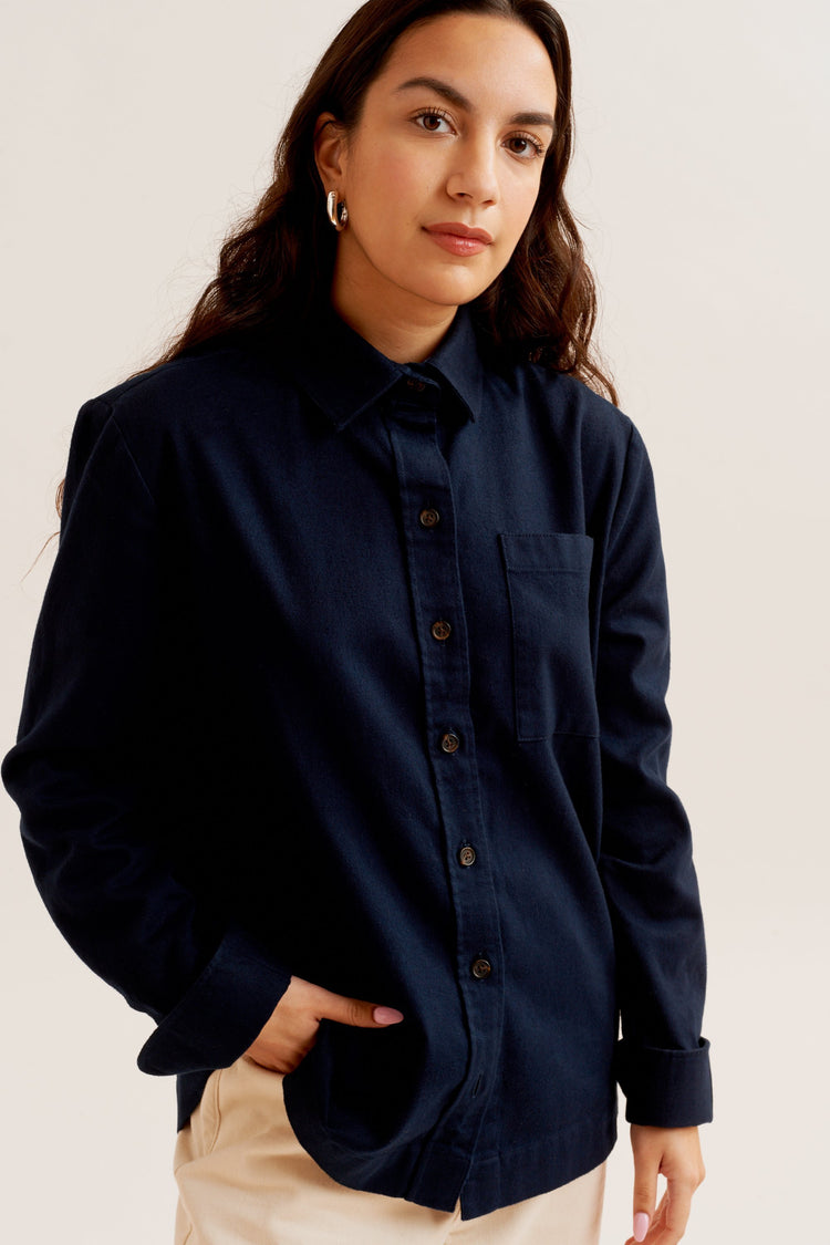 Flannel Button-Up in Navy Navy