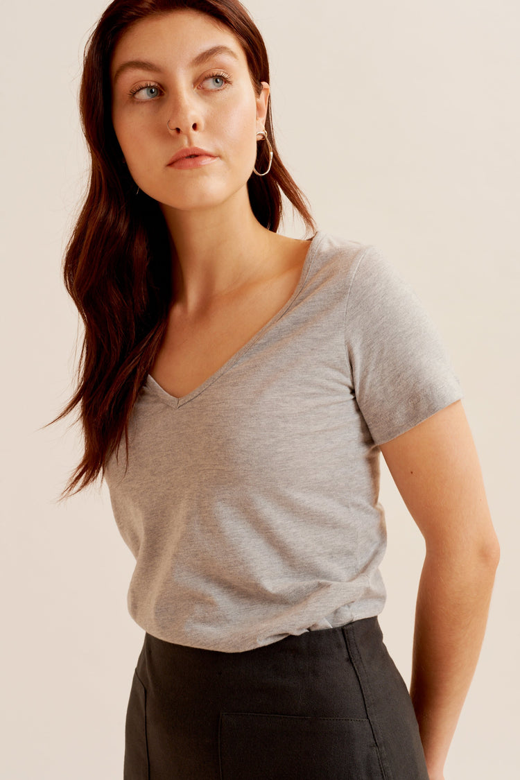 Relaxed V-Neck Heather Grey