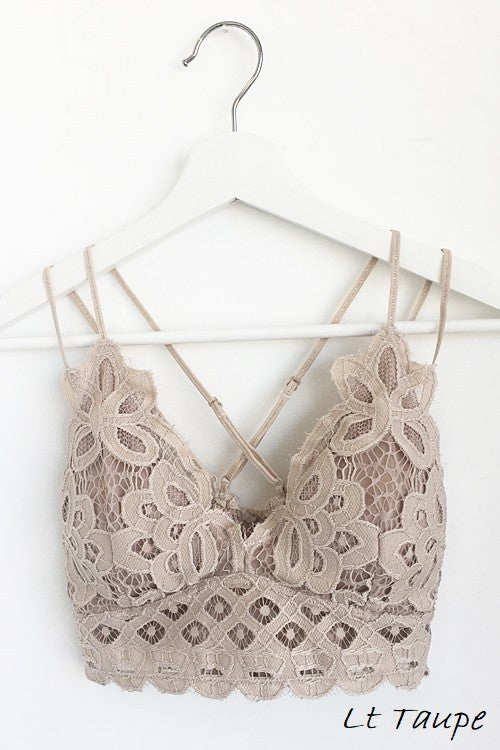 Queen's Lace Bralette in Light Mocha - Enclothe Boutique