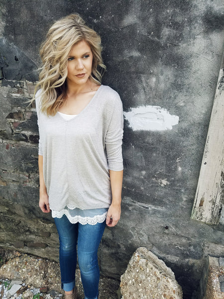 Raven Lightweight Sweater in Taupe - Enclothe Boutique