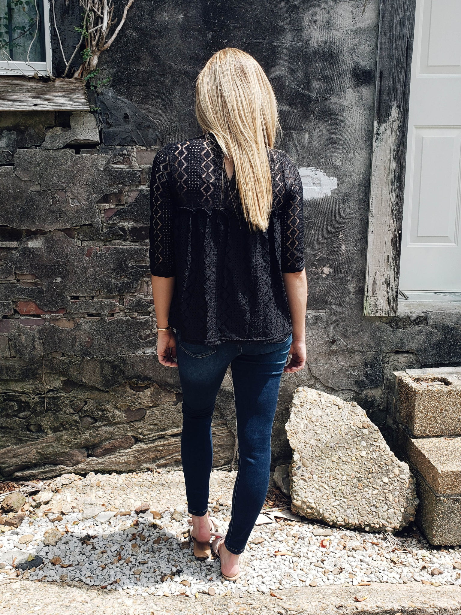 Black Widow Lace Top - Enclothe Boutique