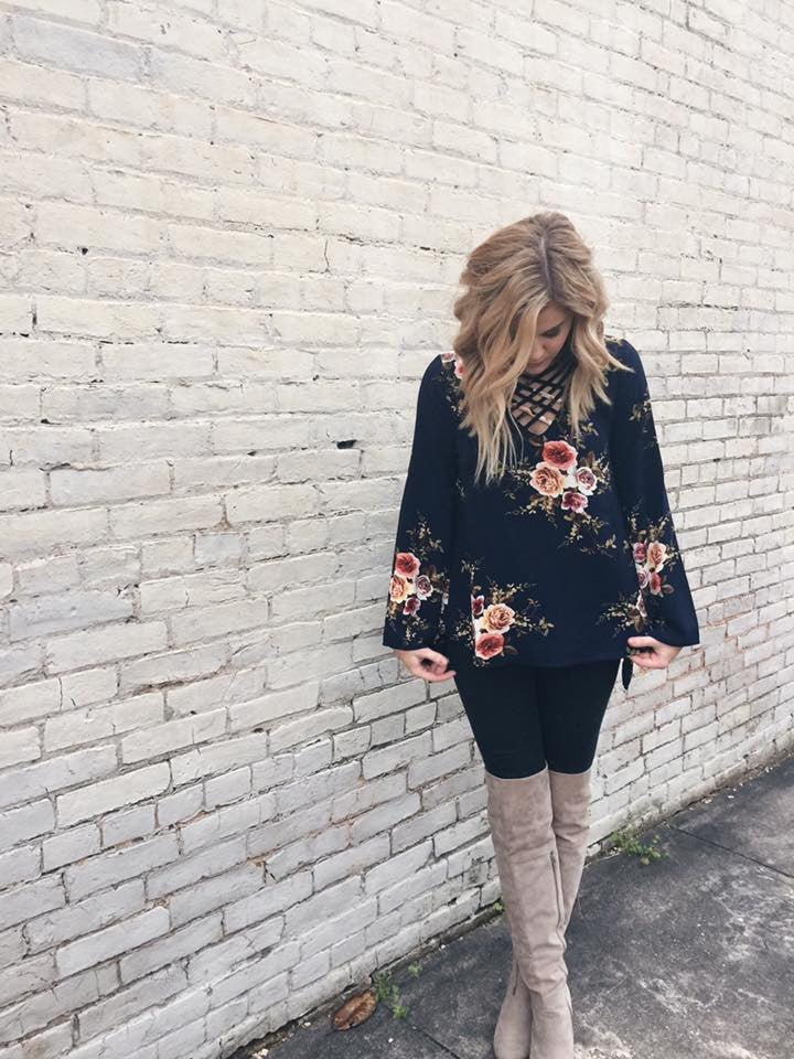 Ring Your Bell Sleeve Floral Blouse in Navy