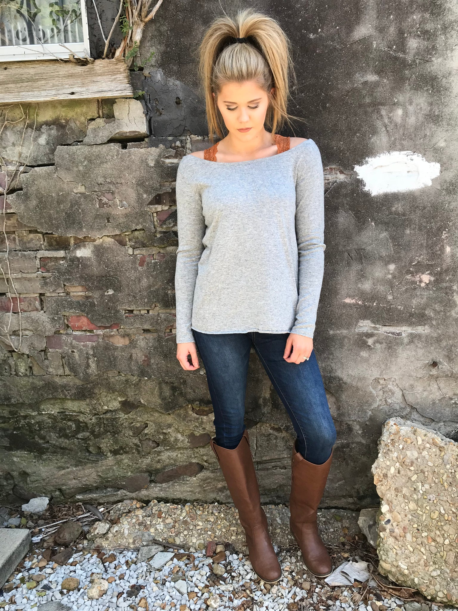 Dreamy Dove Tail Sweater - Enclothe Boutique