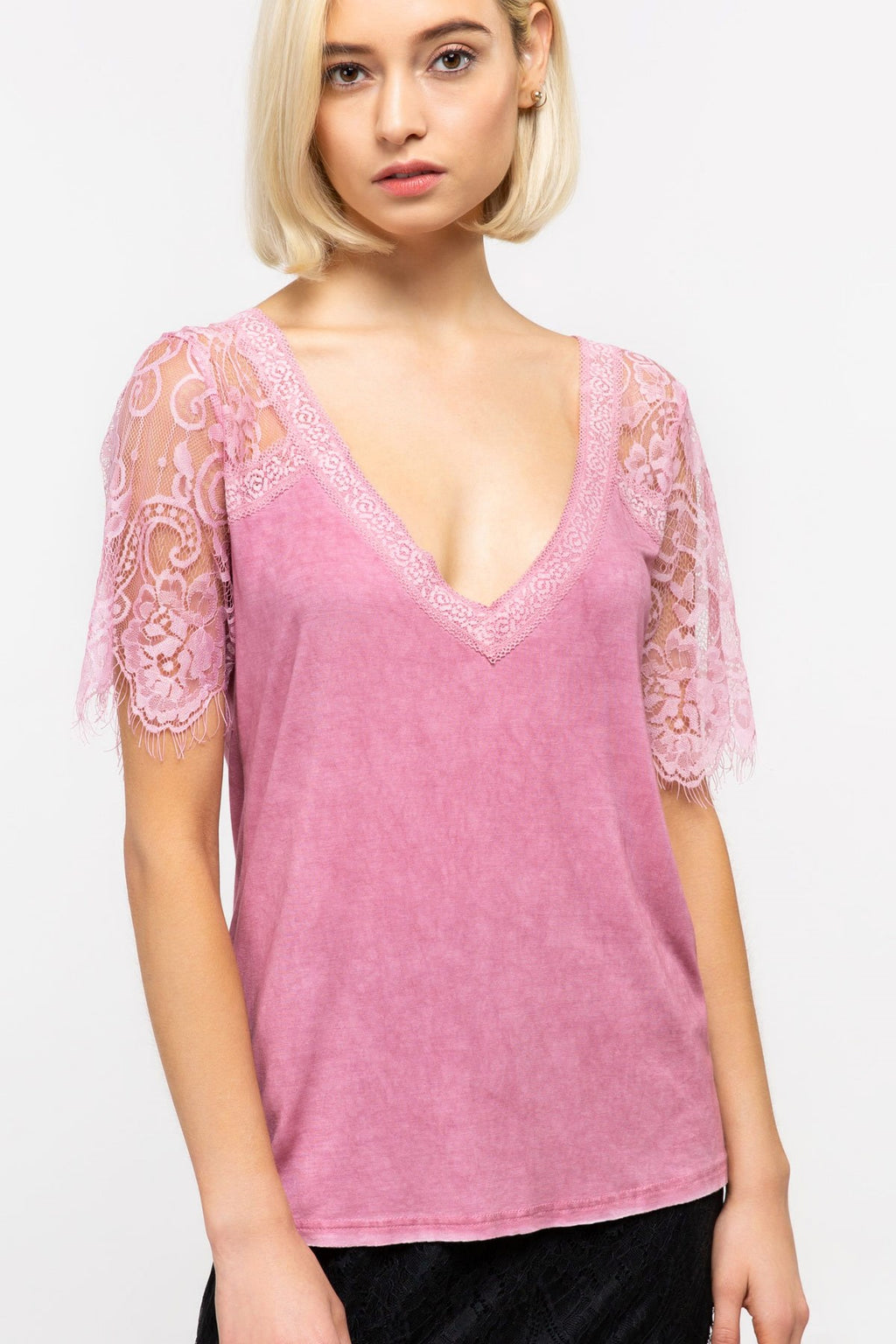 Lace Sleeve Raglan in Pink - Enclothe Boutique