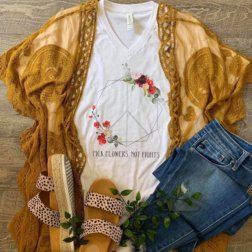 Pick Flowers Not Fights Graphic T-shirt - Enclothe Boutique