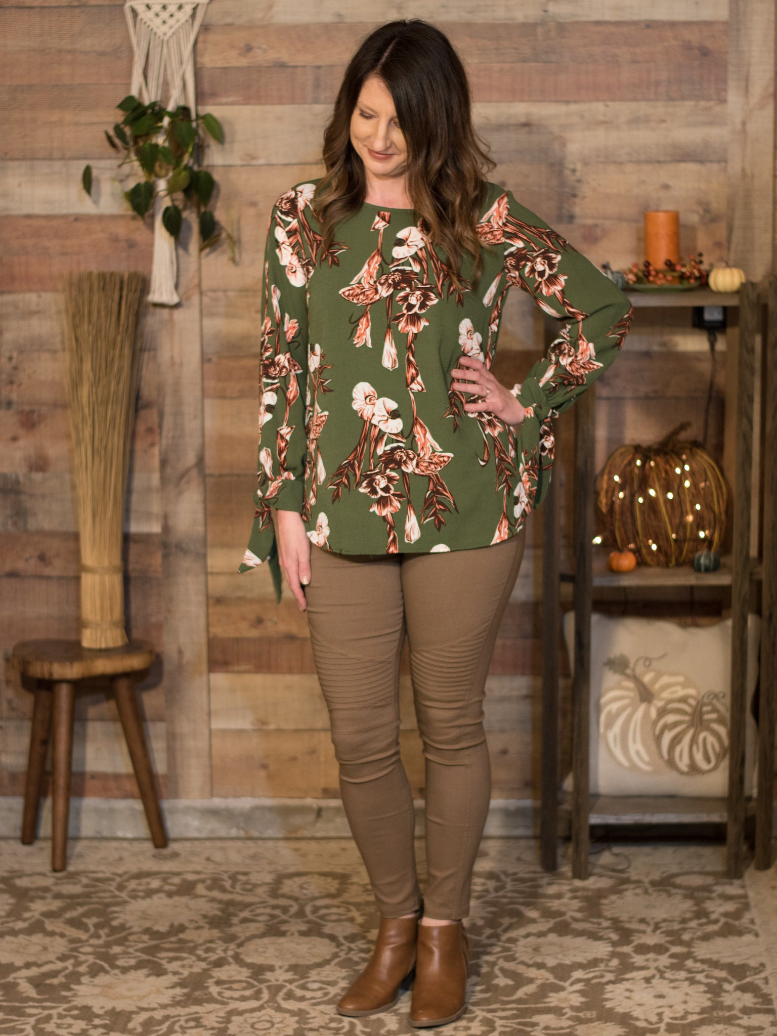 Nip it in the Bud Printed Blouse - Enclothe Boutique