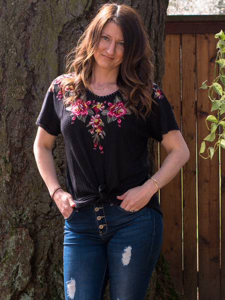 Embroidered Short Sleeve Thermal - Enclothe Boutique