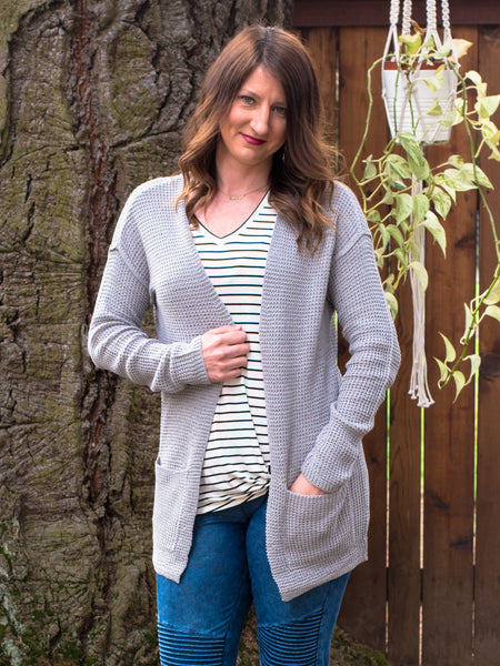 Chunky Cardigan Sweater in Grey - Enclothe Boutique