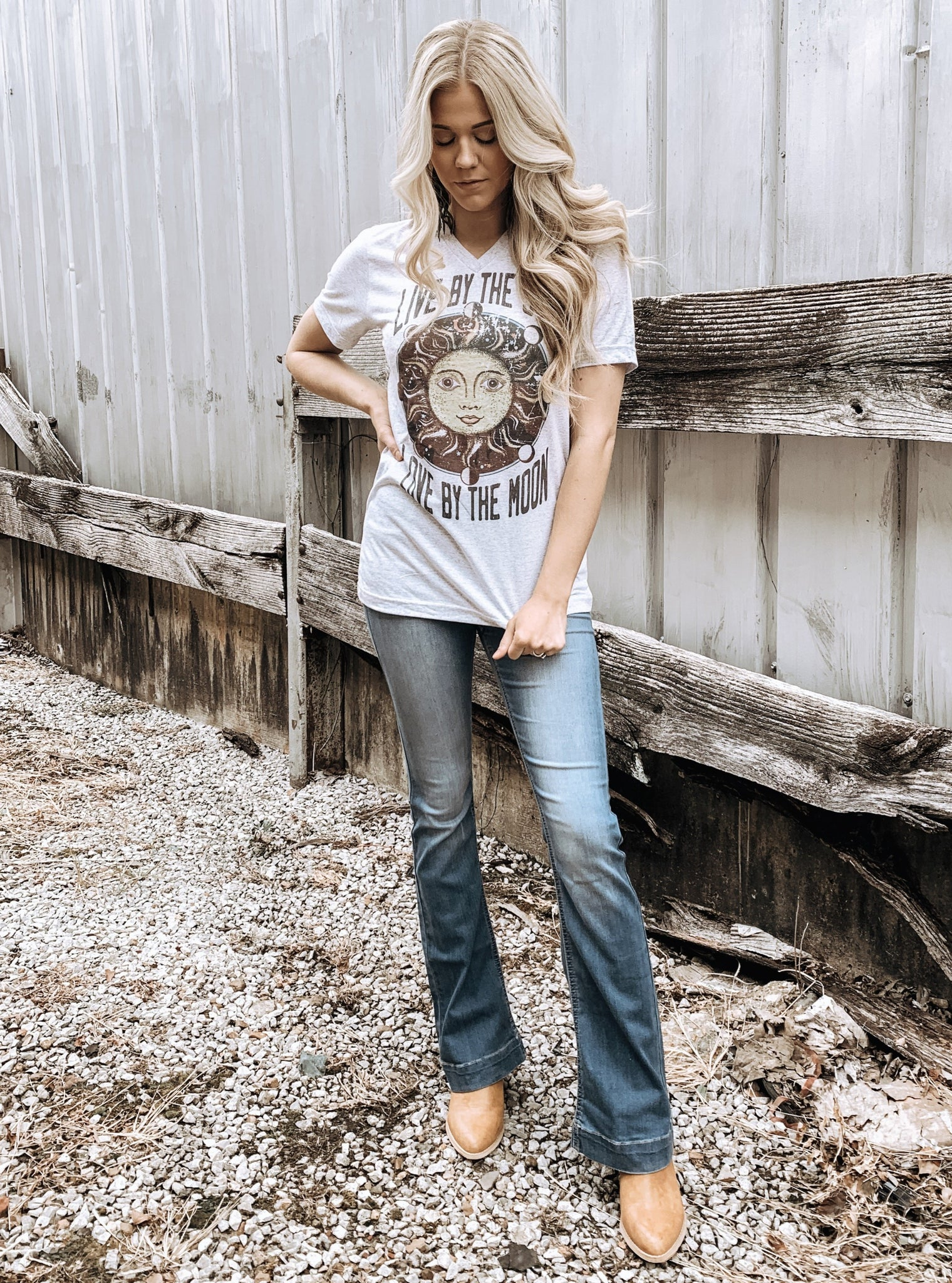 Live By the Sun, Love By the Moon Tee - Enclothe Boutique