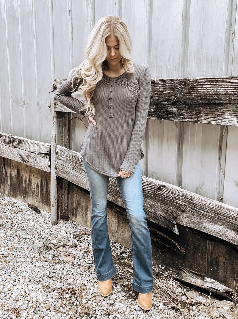 Tipped with Crochet Thermal in Charcoal - Enclothe Boutique