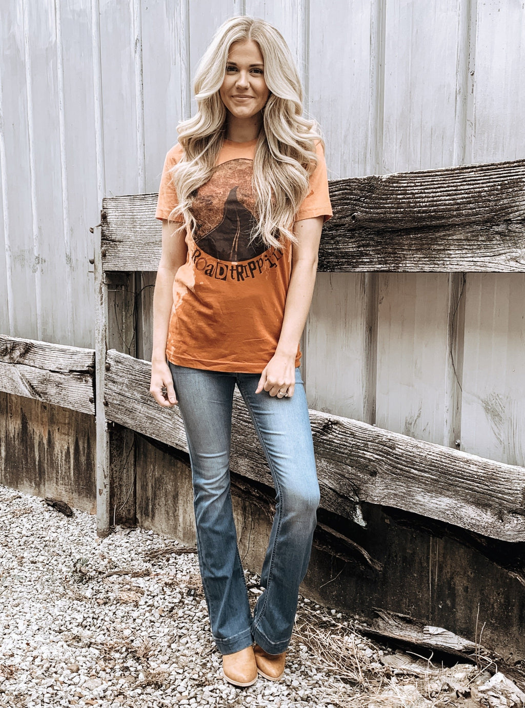 Roadtrippin Tee - Enclothe Boutique