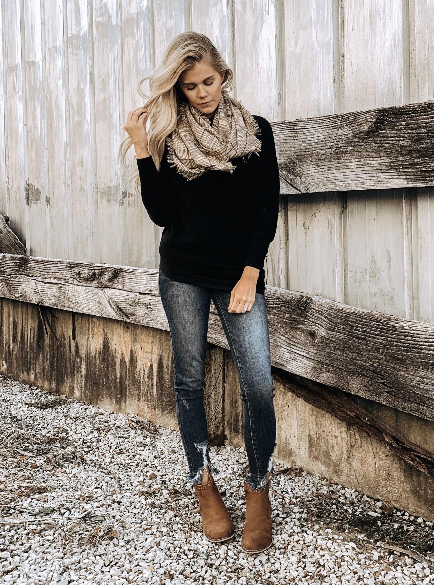 Asymmetric Hem Sweater in Black