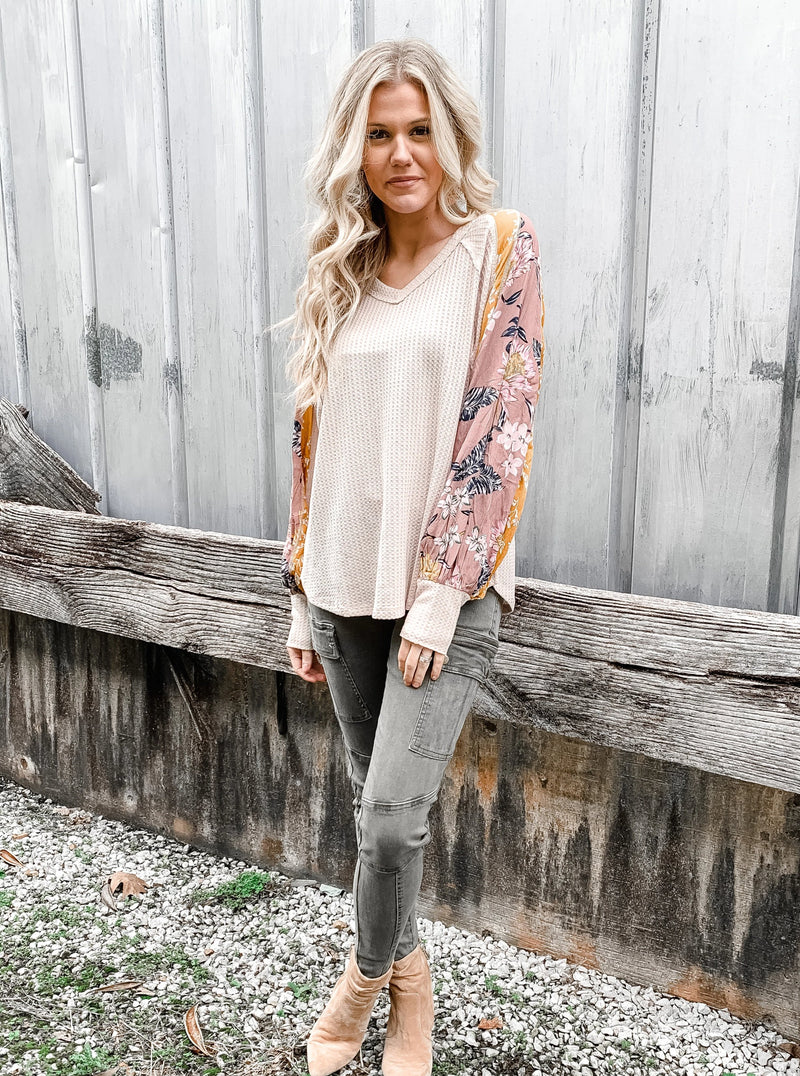 Floral Bubble Sleeve Thermal Top - Enclothe Boutique