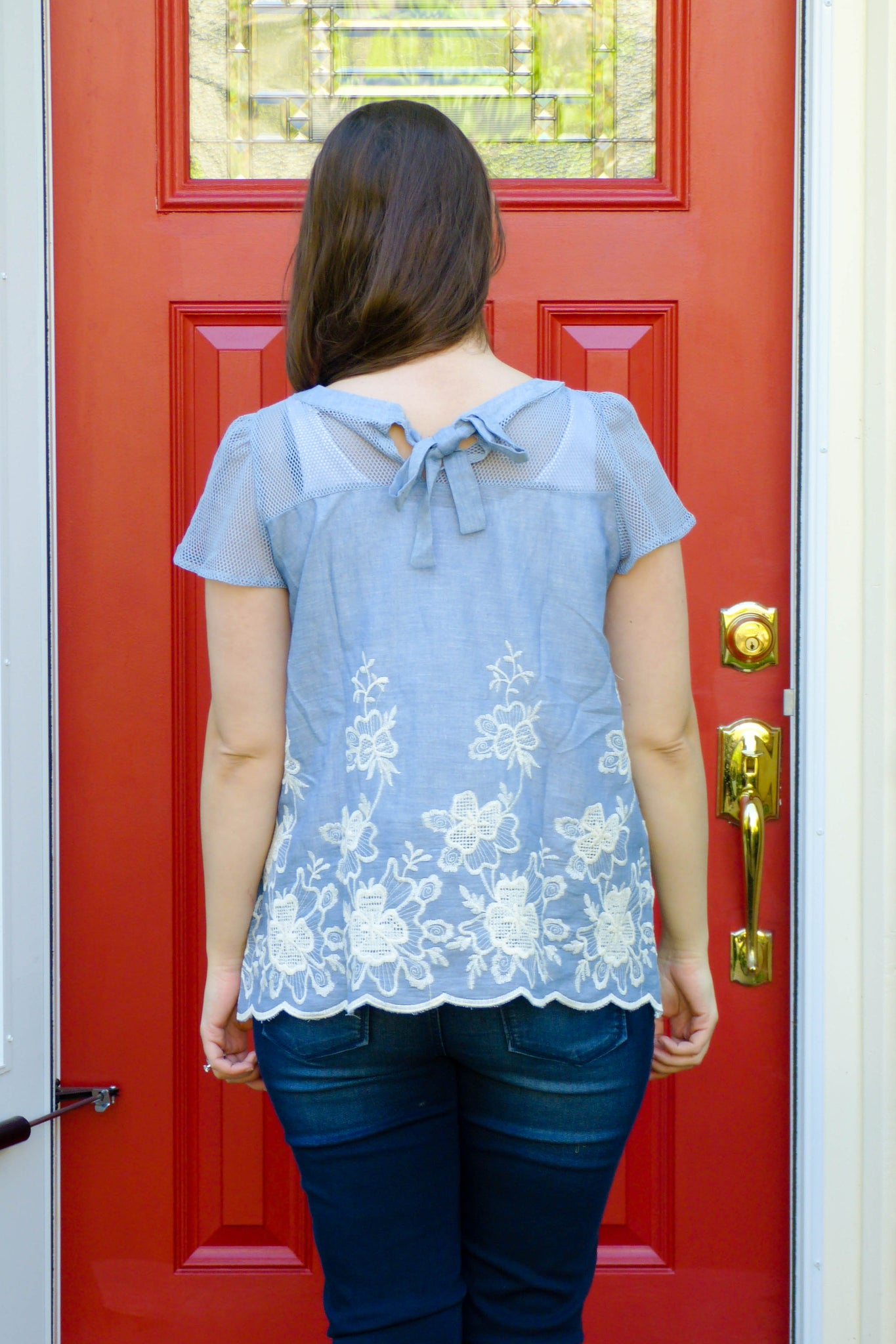 Field of Flowers Top in Light Blue - Enclothe Boutique
