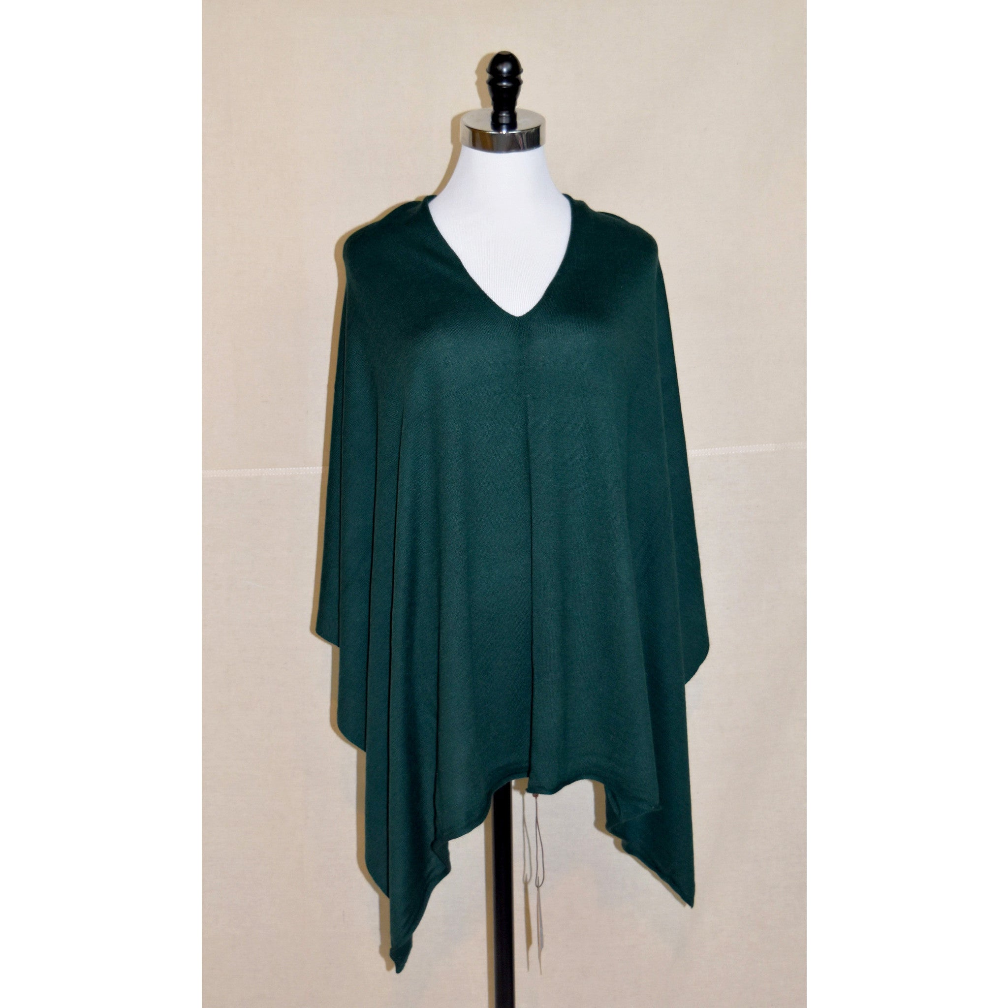 Eden Poncho in Forest Green