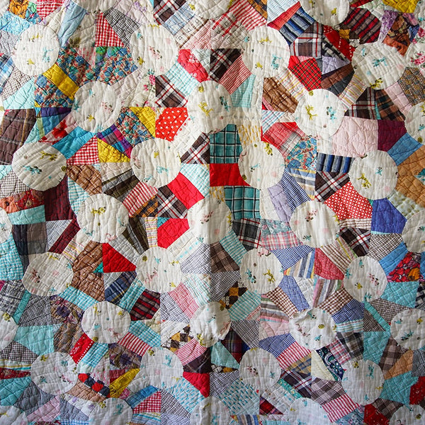 Vintage Multicolor Quilt - Family Store