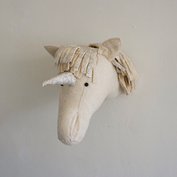 Semi Silver Unicorn Head - Family Store
