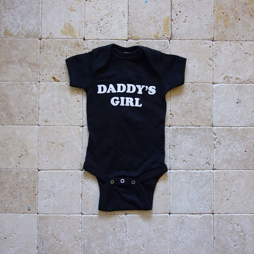 Daddy's Girl Onesie - Family Store