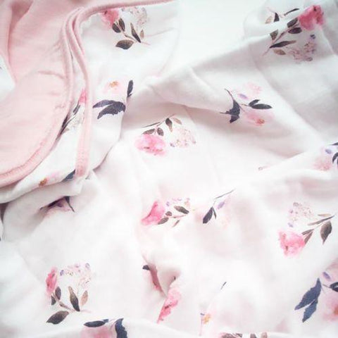 Loulou Lollipop Plush Bamboo Quilt Pink Peony